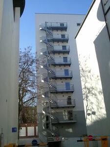 Fluchttreppe über 8 Geschosse an einem Hotel in Hamburg