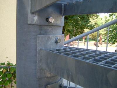 Detail Verbindung Treppenstufe-Spindelrohr